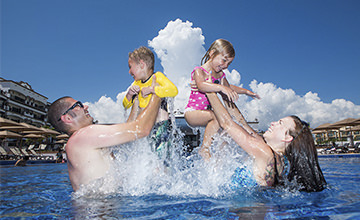 Family program activities in Riviera Maya Resort